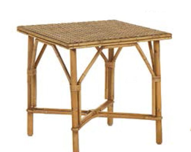 table basse en rotin et cannage