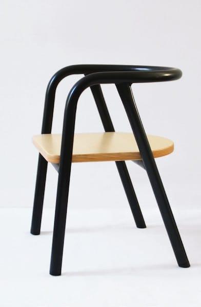 Chaise métal noire pour enfants Mum and dad factory