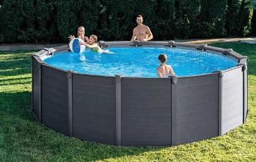 Une piscine hors sol avec Intex