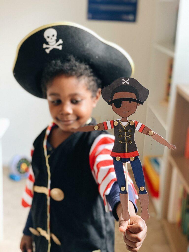 paperplayandwonder – Marionnette Pirate à télécharger et fabriquer – 6 €