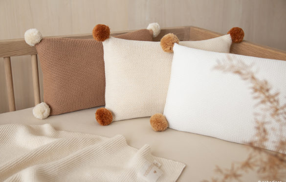 Coussin So Natural en tricot. Nobodinoz 29,95€